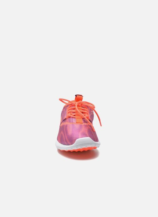 Baskets Nike Wmns Nike Juvenate Print Violet vue portées chaussures