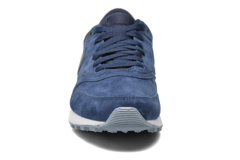 Baskets Nike Nike Air Odyssey Prm Bleu vue portées chaussures
