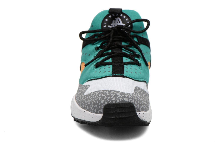 Baskets Nike Nike Air Huarache Utility Prm Multicolore vue portées chaussures