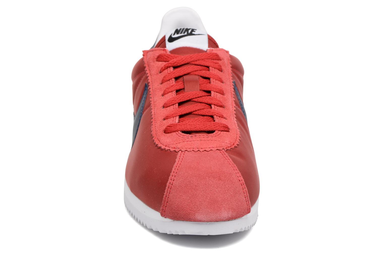 Baskets Nike Classic Cortez Nylon Rouge vue portées chaussures