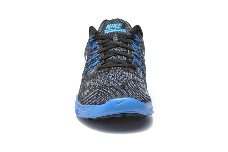 Chaussures de sport Nike Nike Lunartempo 2 Noir vue portées chaussures