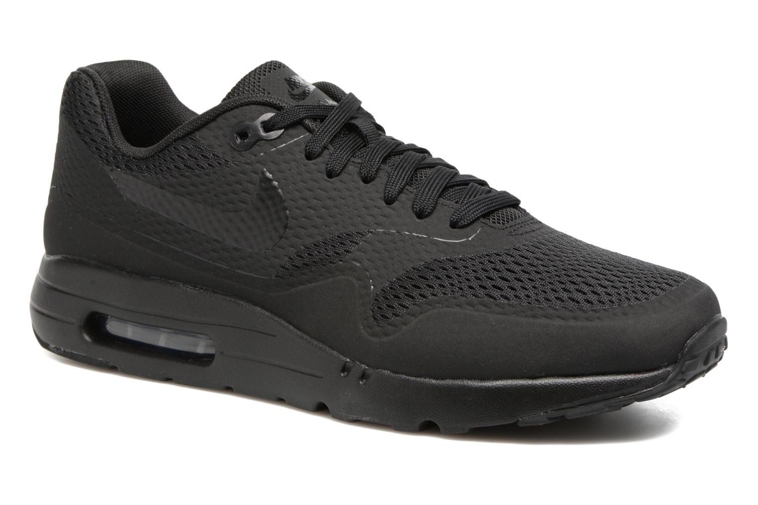Baskets Nike Nike Air Max 1 Ultra Essential Noir vue détail/paire