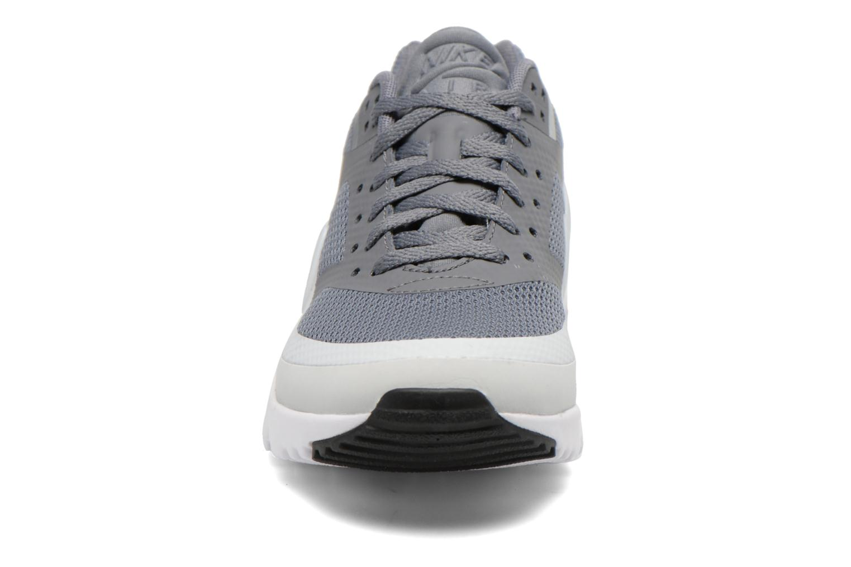 Baskets Nike W Air Max Bw Ultra Gris vue portées chaussures