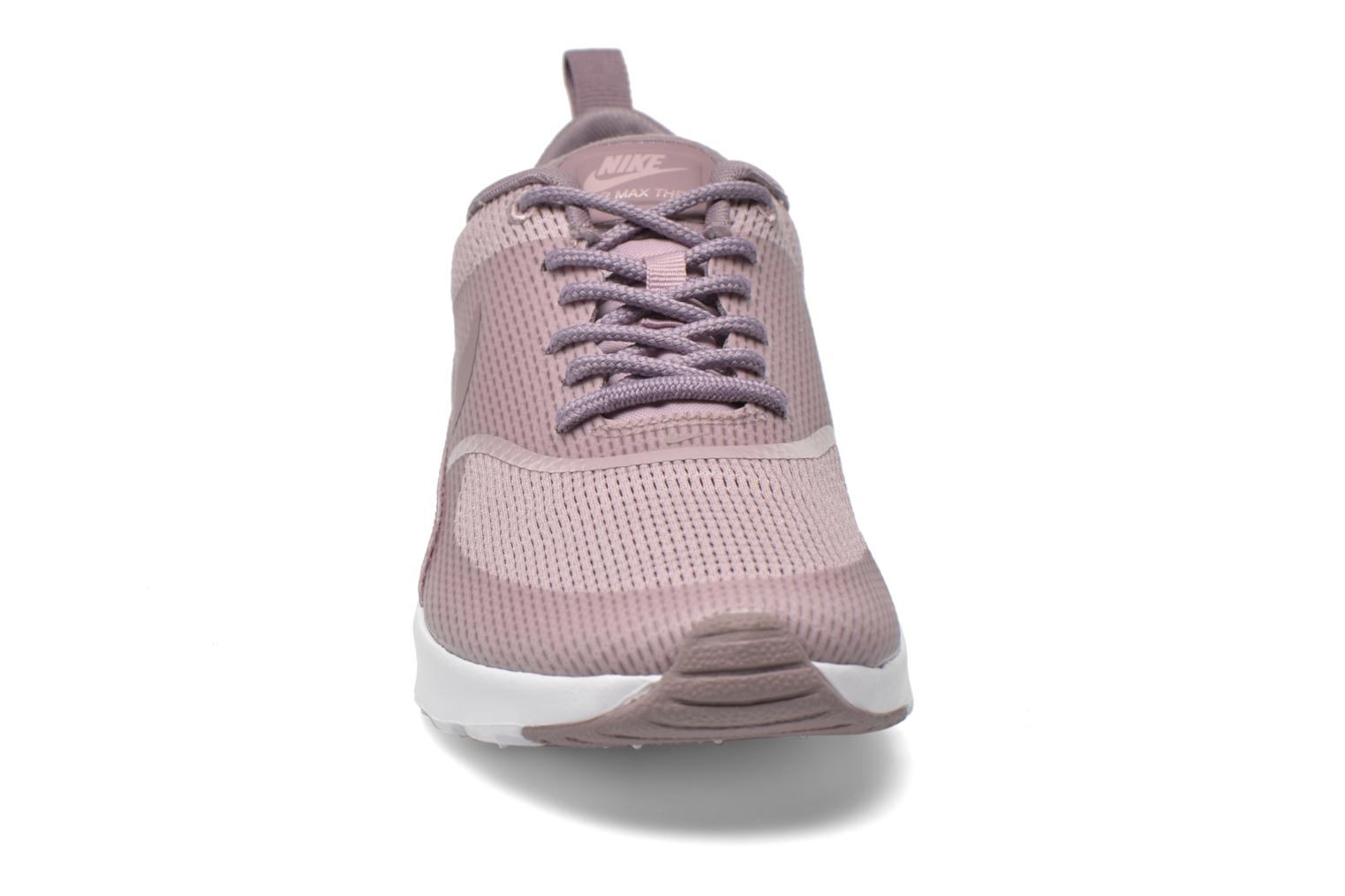 Baskets Nike W Nike Air Max Thea Txt Violet vue portées chaussures