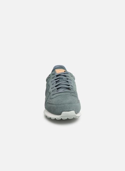 Sneaker Nike W Internationalist Prm grün schuhe getragen