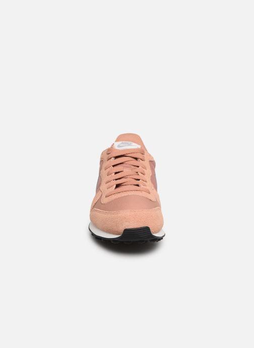 Sneakers Nike Wmns Internationalist Roze model