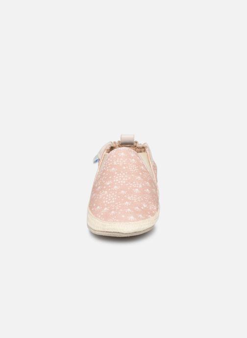 Pantofole Robeez Summer Camp Rosa modello indossato
