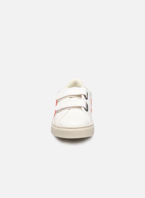 Sneaker Veja Esplar Small Velcro orange schuhe getragen