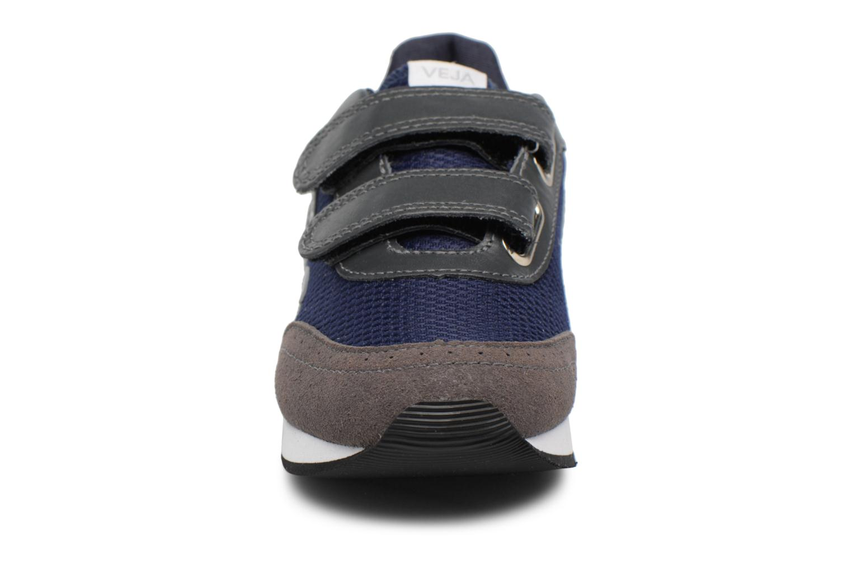 Baskets Veja Arcade Small Bleu vue portées chaussures