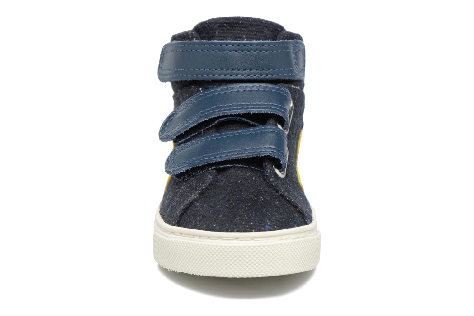 Trainers Veja Esplar Mid Small Velcro Blue model view