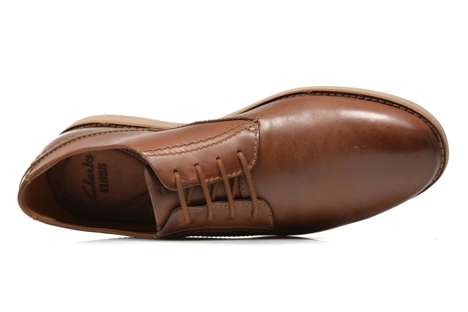 Lace-up shoes Clarks Franson Plain Brown view from the left