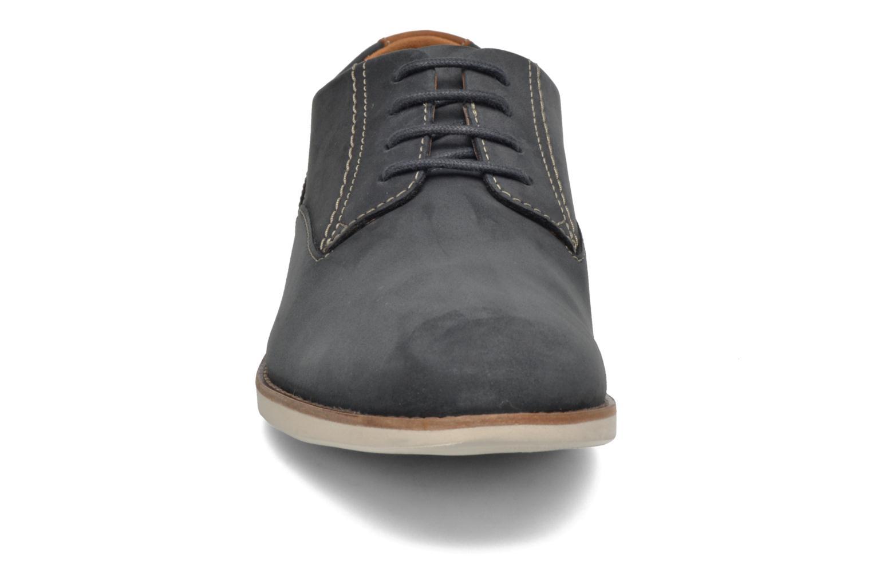 Chaussures à lacets Clarks Franson Plain Bleu vue portées chaussures