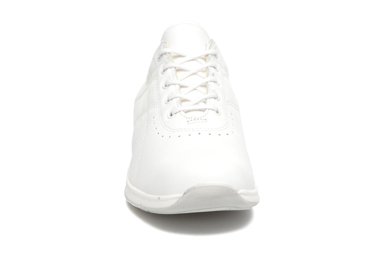 Baskets UMO Confort Denise Blanc vue portées chaussures