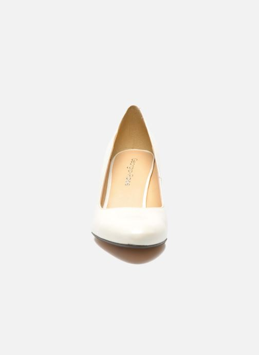High heels Georgia Rose Santoo White model view