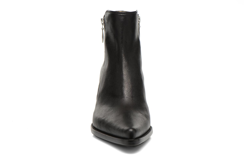 Botines  Free Lance Okao 7 Boot 2 Zip Negro vista del modelo