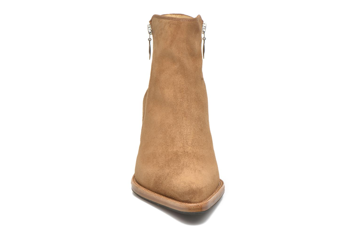 Ankle boots Free Lance Okao 7 Boot 2 Zip Brown model view