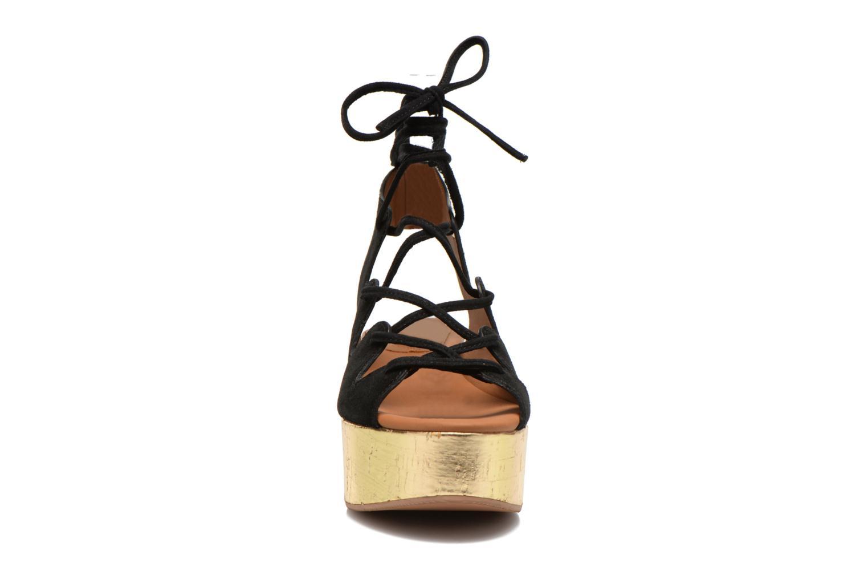 Sandalias See by Chloé Ezima Negro vista del modelo