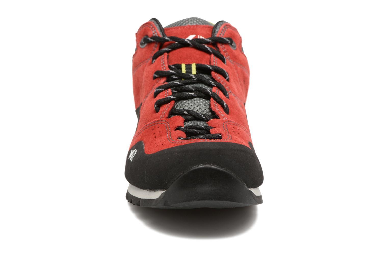 Chaussures de sport Millet Rockway Rouge vue portées chaussures