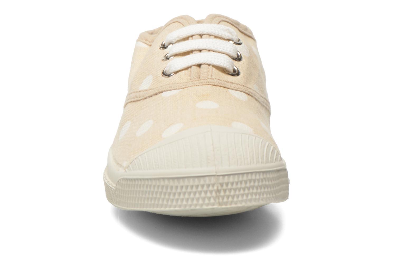 Baskets Bensimon Tennis Lacets Pastel Pastilles E Beige vue portées chaussures