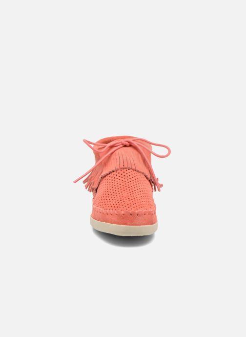 Bottines et boots Minnetonka Venice Perf Orange vue portées chaussures