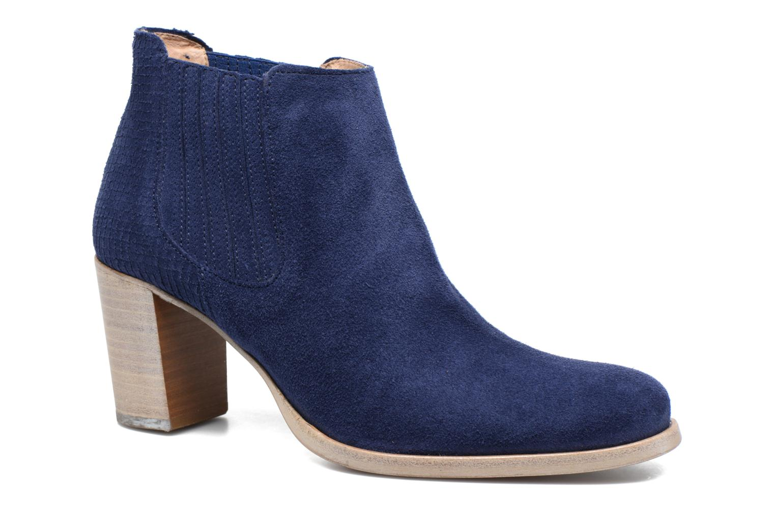 Ankle boots Muratti Bloody Blue detailed view/ Pair view