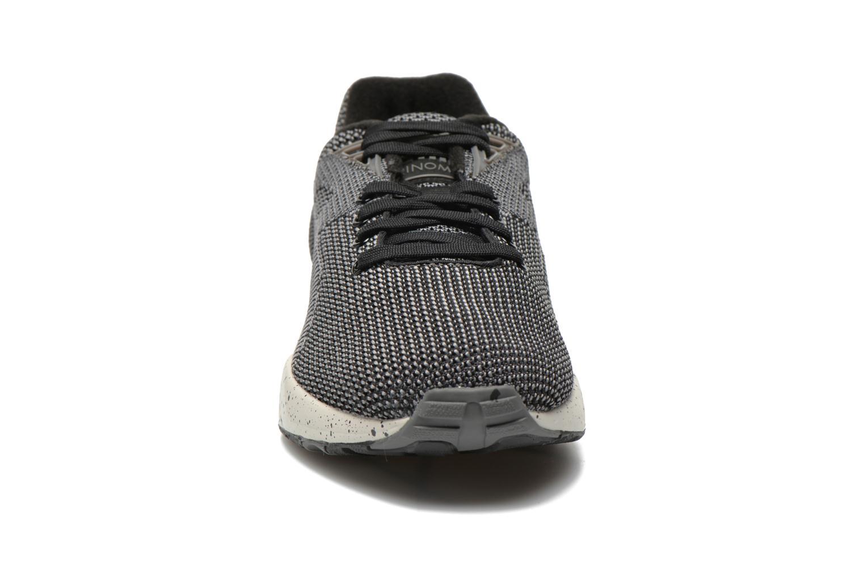 Sneaker Puma R698 Knit Mesh V2.1 Trinomic schwarz schuhe getragen