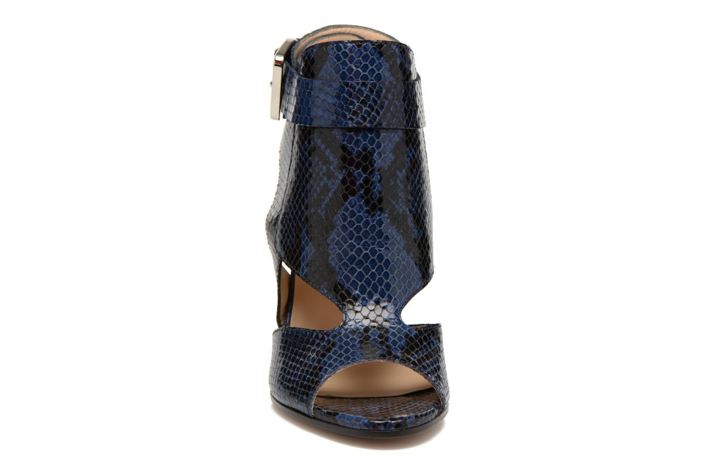 Sandales et nu-pieds Rebecca Balducci Athena 2 Bleu vue portées chaussures