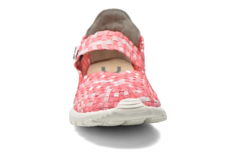 Sneakers DUDE E-last Tessa Pink se skoene på