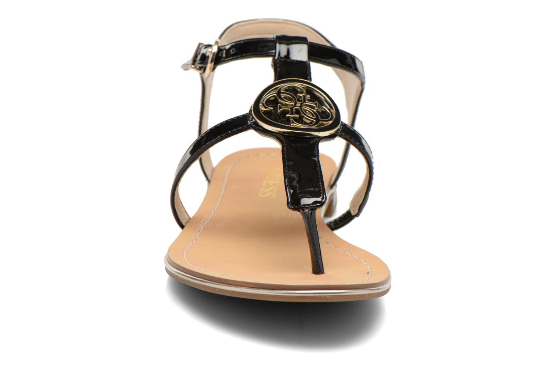 Sandales et nu-pieds Guess Roxxie Noir vue portées chaussures