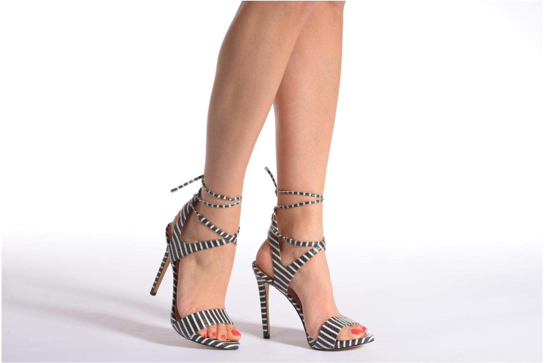 Sandales et nu-pieds Guess Alisse Multicolore vue bas / vue portée sac