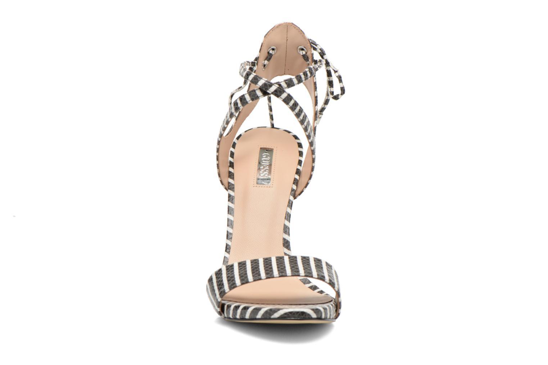 Sandales et nu-pieds Guess Alisse Multicolore vue portées chaussures