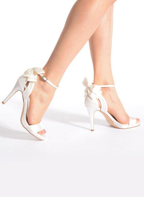 Menbur Maria Ana Ivory Sandales pieds Et Nu OXZTPiku