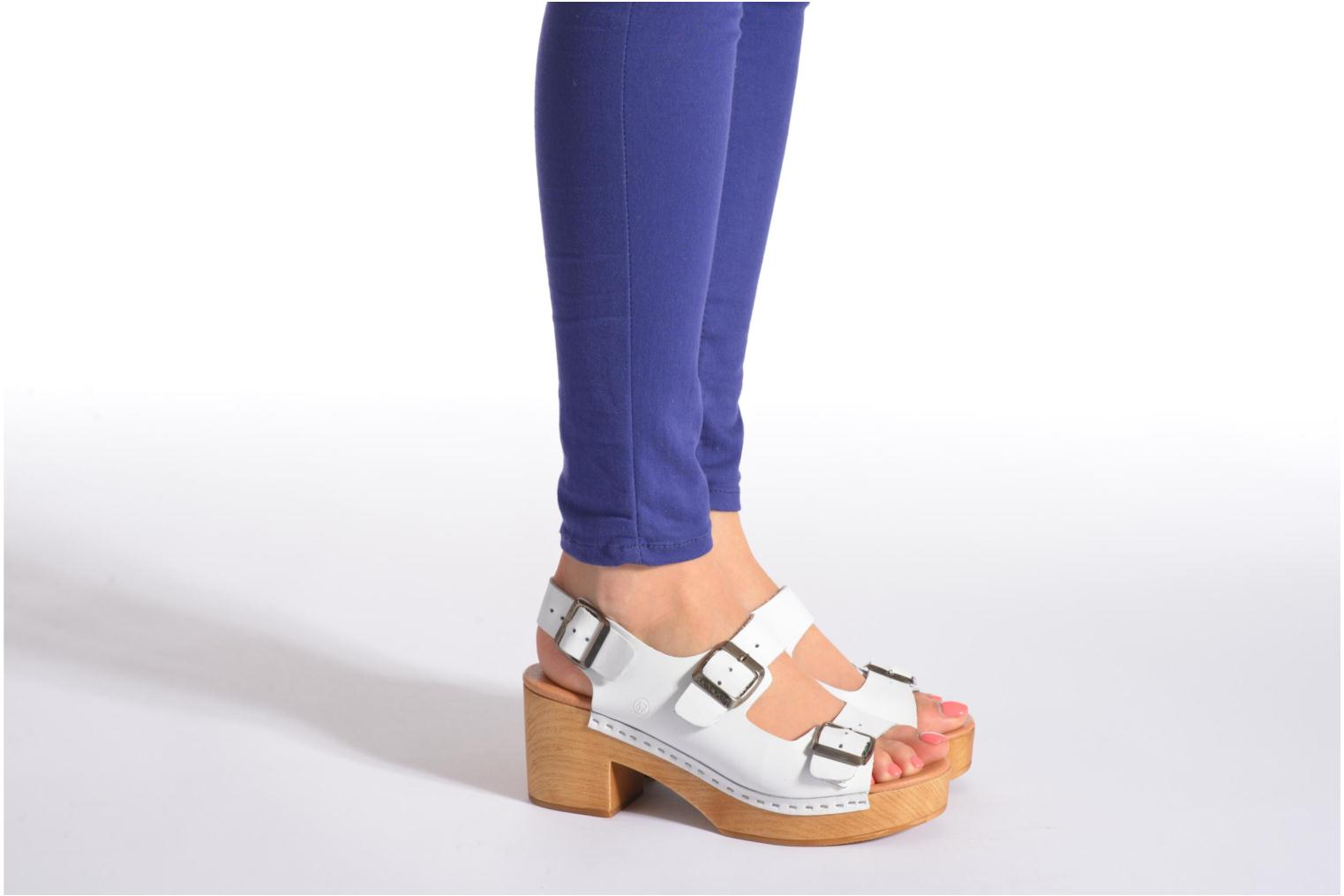 Sandals Sixty Seven Linaci White view from underneath / model view