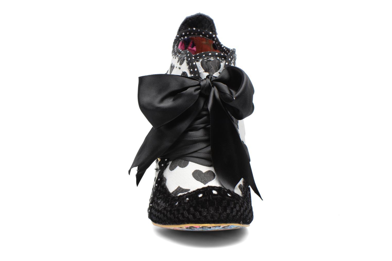 Zapatos con cordones Irregular choice Abigail's Third Party Negro vista del modelo