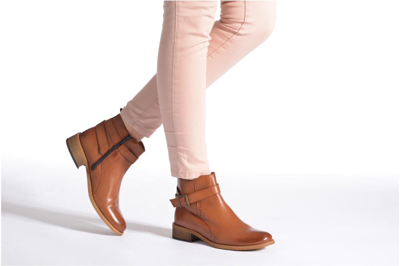 Bottines et boots Georgia Rose Colery Marron vue bas / vue portée sac