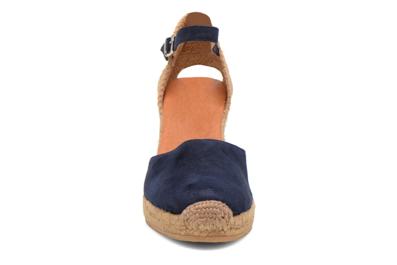 Sandali e scarpe aperte Georgia Rose Iponiki Azzurro modello indossato