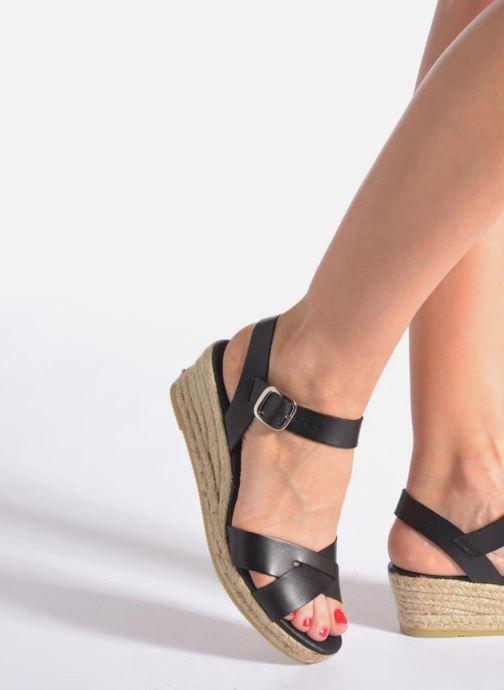 Sandalen Georgia Rose Inof schwarz ansicht von unten / tasche getragen