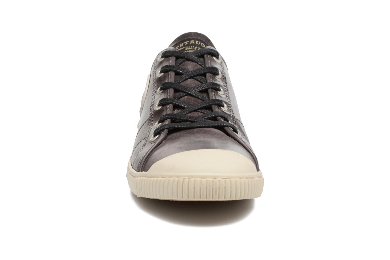 Baskets Pataugas Bear/C Marron vue portées chaussures