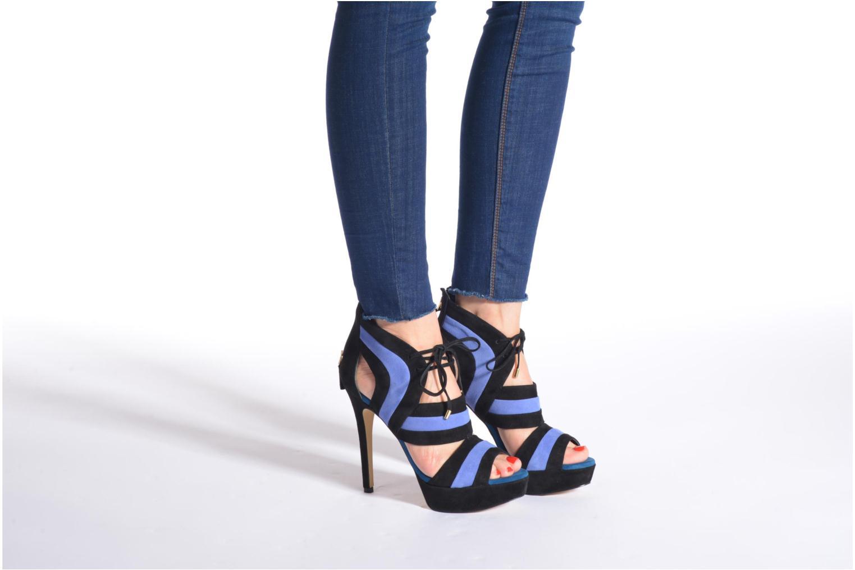 Sandales et nu-pieds Guess Karlea Multicolore vue bas / vue portée sac