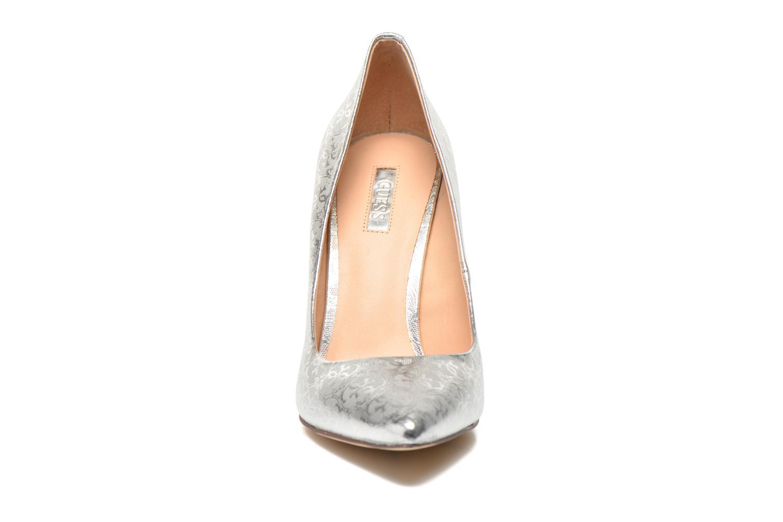 Escarpins Guess Plasma6 Argent vue portées chaussures