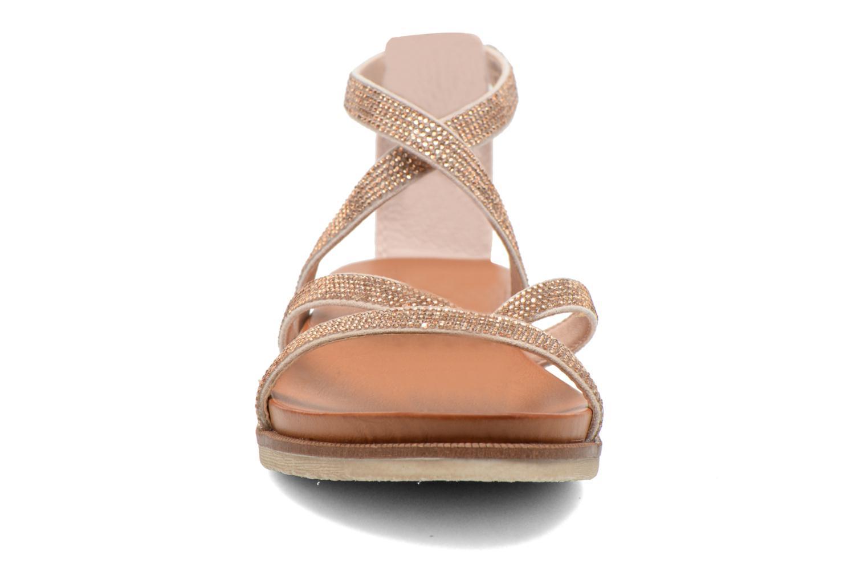 Sandales et nu-pieds Bugatti Jodie V6585-6N Rose vue portées chaussures