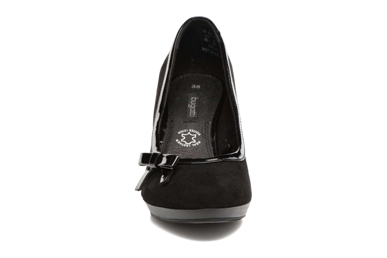 Escarpins Bugatti Isabella W6679-6V Noir vue portées chaussures