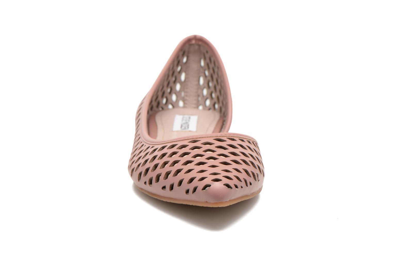 Ballerines Steve Madden ELAINEE Rose vue portées chaussures