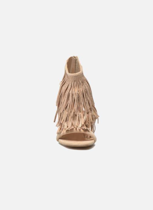 Sandalen Steve Madden FRINGLY-R beige schuhe getragen