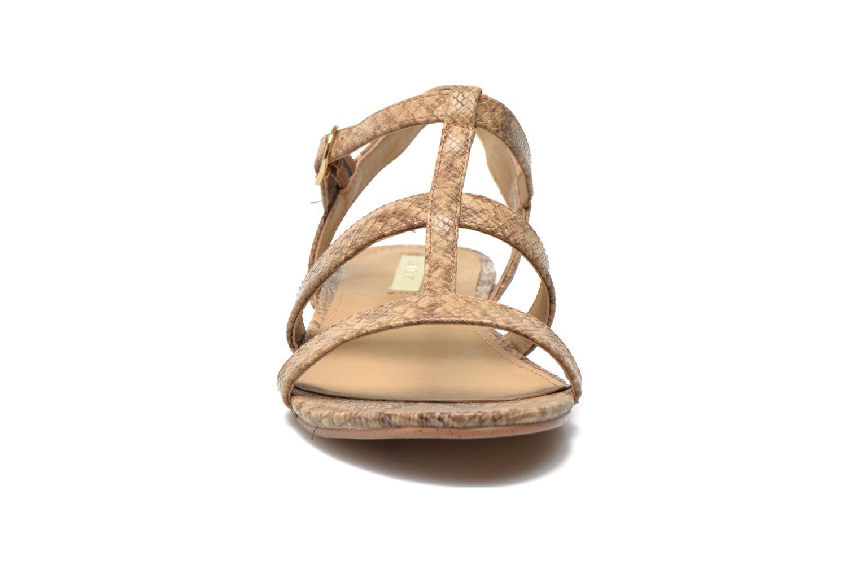 Sandales et nu-pieds Esprit Aely Sandal Beige vue portées chaussures
