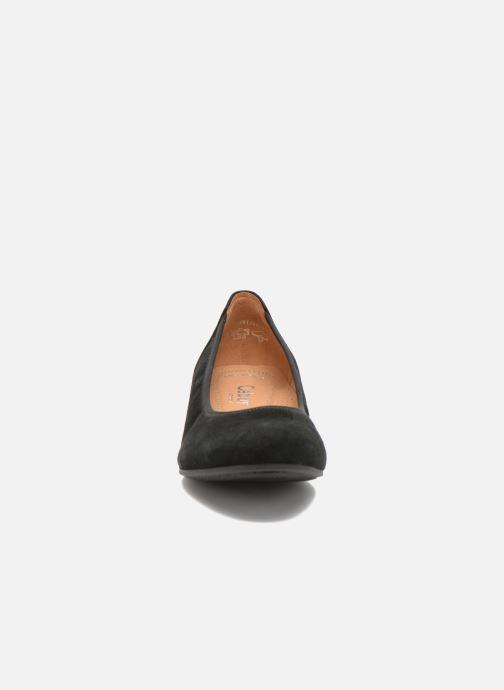 Ballerines Gabor Vila Noir vue portées chaussures