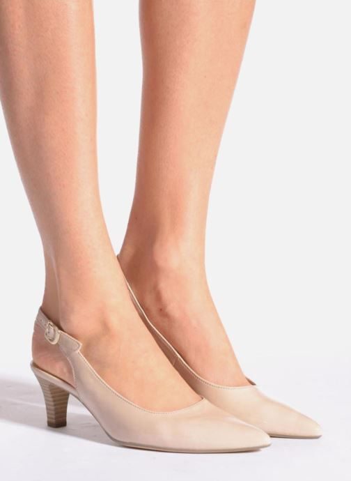 High heels Gabor Liro Black view from underneath / model view