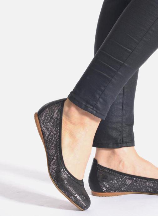 Ballerinas Madison Claxin schwarz ansicht von unten / tasche getragen