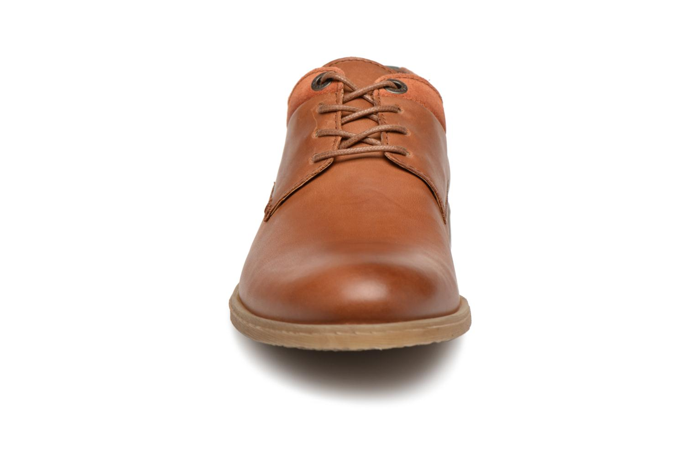 Schnürschuhe Kickers FLAVESTON braun schuhe getragen