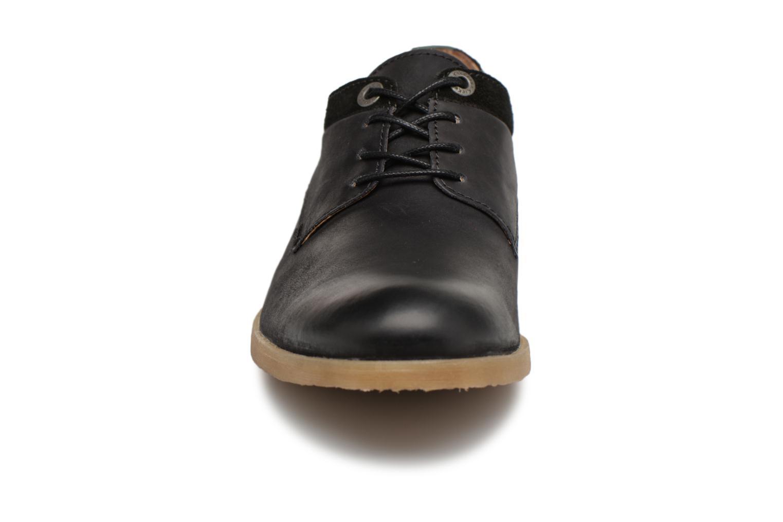 Chaussures à lacets Kickers FLAVESTON Noir vue portées chaussures